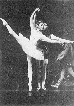 China S Central Ballet Seeks Sponsors Beijing Review
